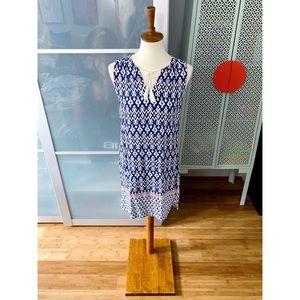 BeachLunchLounge Split Neck Printed Shift Dress
